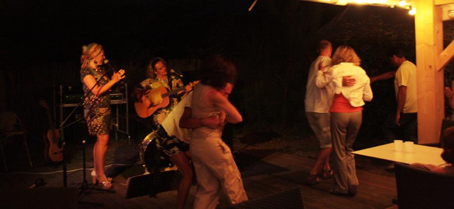 Participez aux soirées dansantes du camping du camping