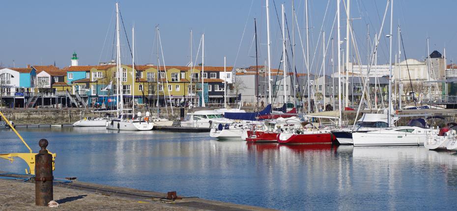Le bassin des grands Yachts à la Rochelle