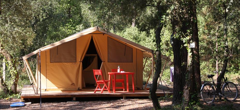 Louez votre emplacement tente lodge 2/4pers au camping Oléron