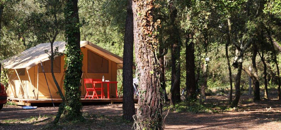 Votre emplacement tente lodge 2/4pers au camping Oléron vous attend