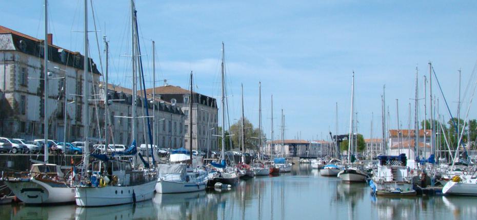 Appréciez Rochefort et son port de plaisance