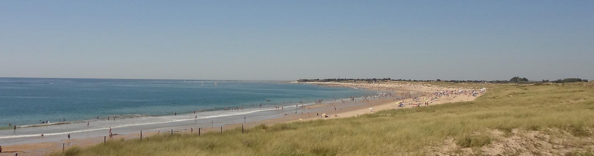 la-plage-a-400m-camping-ile-oleron-campiere